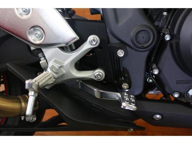 YZF-R3 YZF-R3 ABSモデル アクラボマフラー エンジンスライダー ステップバックキット