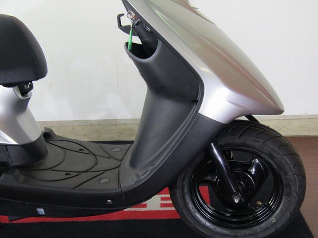 ジョグ JOG SA55J インジェクションモデル ホイールのコンディションも良好です!タイヤの溝も…