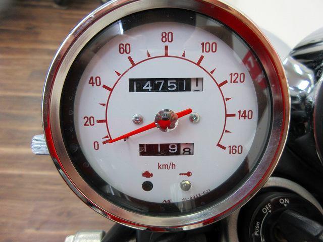 SR400 SR400 マフラー・シート等カスタム メーター表示距離:14751km
