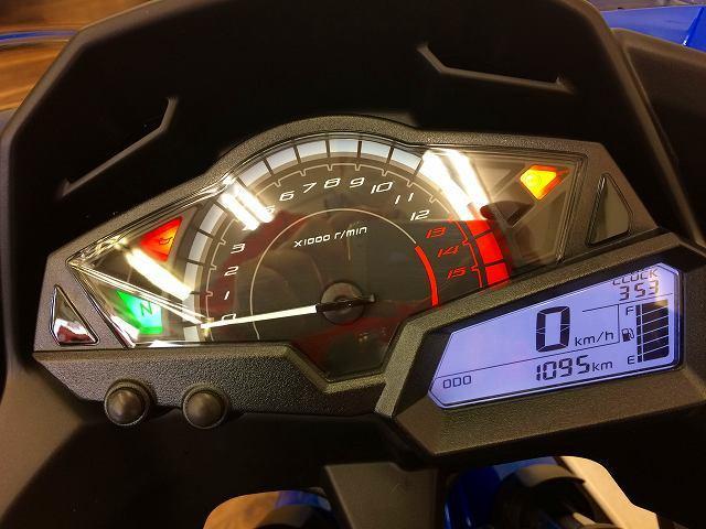 ニンジャ250 Ninja 250 ABSモデル メーター表示距離:1094km!