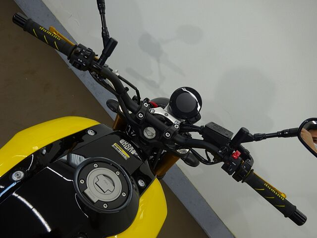 XSR900 28409 XSR900 60周年記念モデル