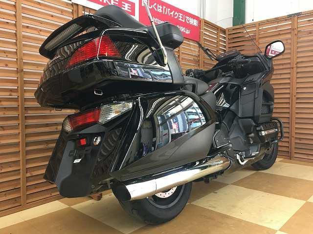 ゴールドウイング ゴールドウイング GL1800 ワンオーナー フォグライト 全国のバイク王からお探…
