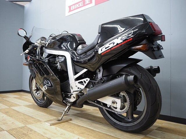 GSX-R750 GSX-R750 6枚目:GSX-R750