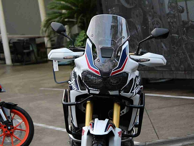 CRF1000L アフリカツイン CRF1000L Africa DCT 5枚目CRF1000L A…