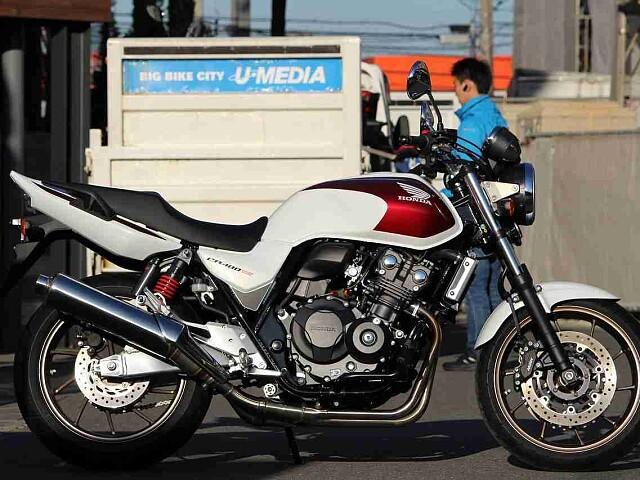 CB400スーパーフォア CB400SF REVO 1枚目CB400SF REVO