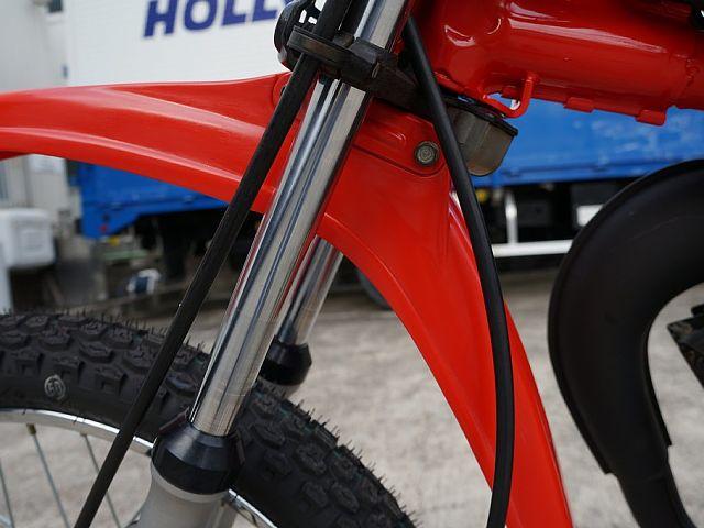 MT50 フロントフォークは修正&再めっき、アウターも再仕上げ。