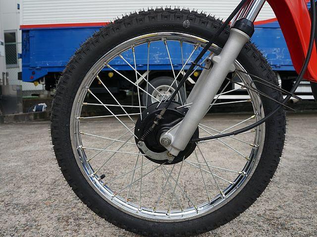 MT50 前後ともホイルリニューしました。タイヤも前後新品です。