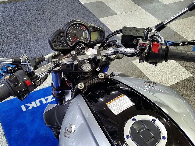 グラディウス650 個性派スタイリングでありながらクセのないスズキ650エンジン!