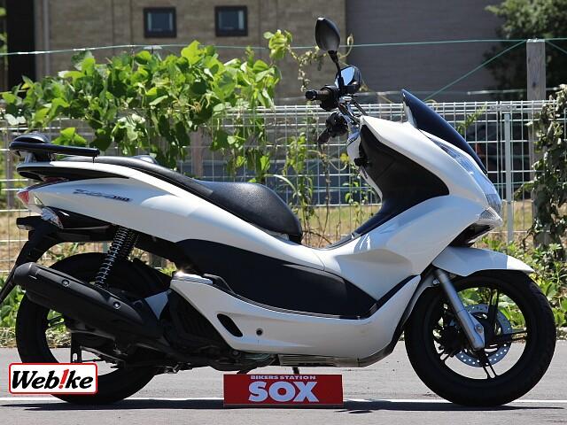 PCX150 1枚目