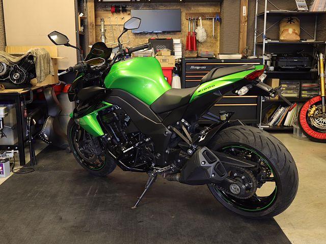 Z1000 (水冷) 傷等も少なく程度の良い車体です! ご購入後でも頼りになるバイク屋さん☆を目指し…