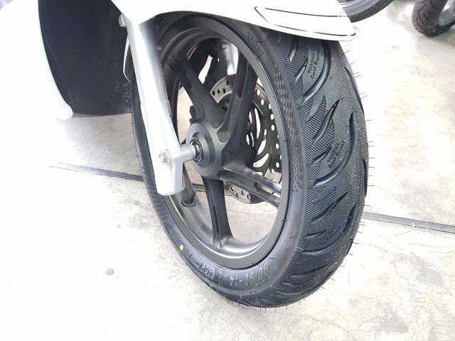 PCX125 フロントタイヤ新品です!