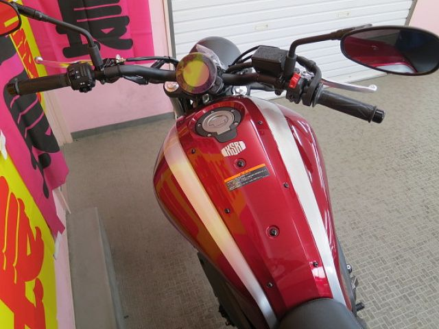 XSR700 国内モデル