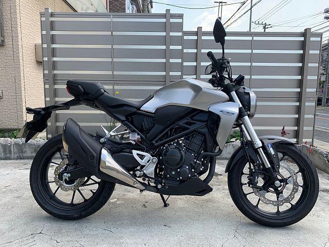CB250R 新時代のネイキッドバイク ABS・ETC付 レンタルバイクの為、在庫状況および走行距離…