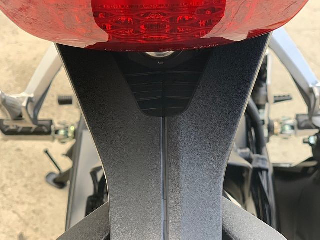 CB250R 新時代のネイキッドバイク ABS・ETC付