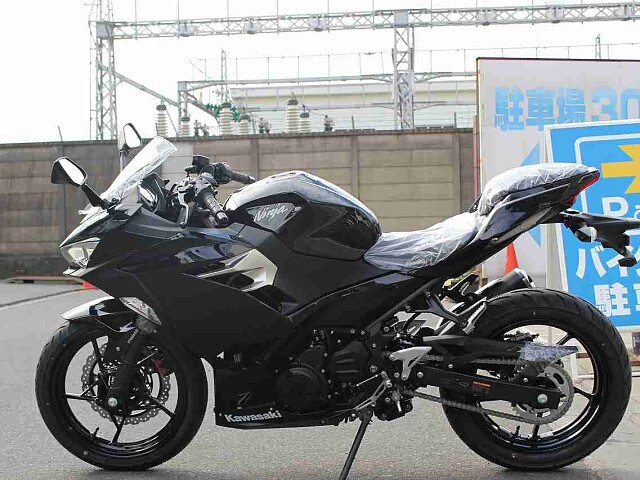 ニンジャ250 【新車在庫あり】即納可能です! Ninja250 4枚目【新車在庫あり】即納可能です…