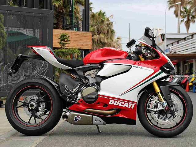 1199Panigale S/Tricolore 1199パニガーレSトリコローレ 1枚目1199パ…