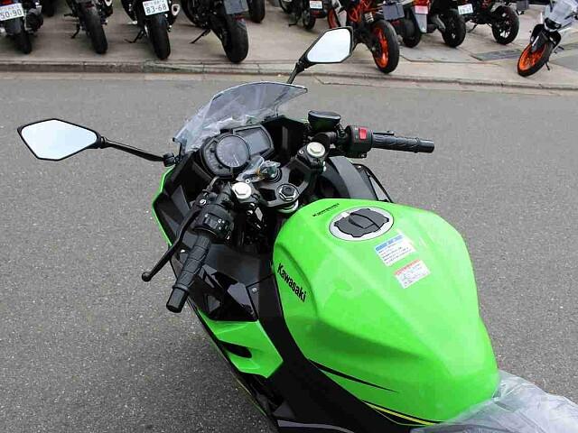 ニンジャ400 【新車在庫あり】即納可能です! Ninja400 KRT 4枚目【新車在庫あり】即納…