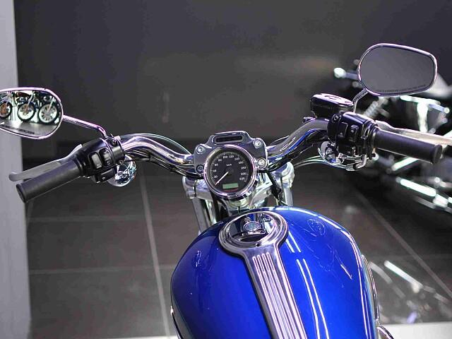 XL1200CA SPORTSTER LIMITED XL1200C 4枚目XL1200C