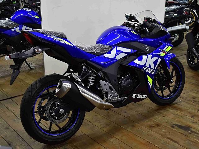 GSX250R GSX250R MotoGPカラー 3枚目GSX250R MotoGPカラー
