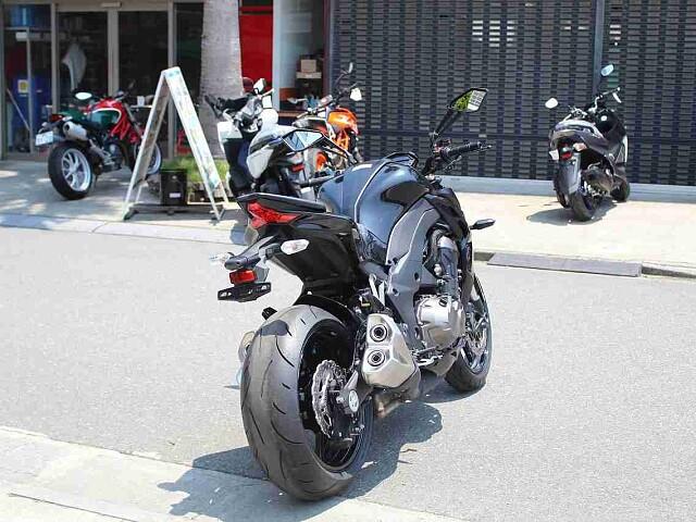 Z1000 (水冷) Z1000 3枚目Z1000