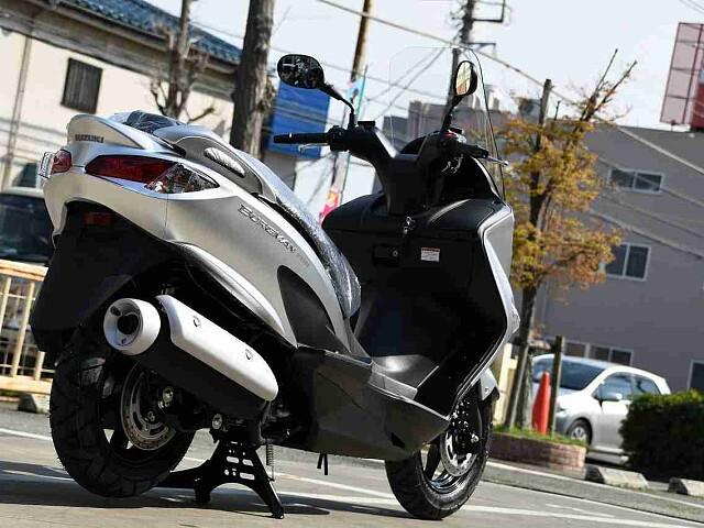 バーグマン200 【新車在庫あり】即納可能です! バーグマン200 3枚目【新車在庫あり】即納可能で…