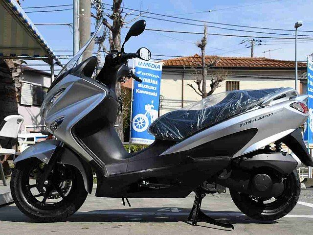 バーグマン200 【新車在庫あり】即納可能です! バーグマン200 4枚目【新車在庫あり】即納可能で…