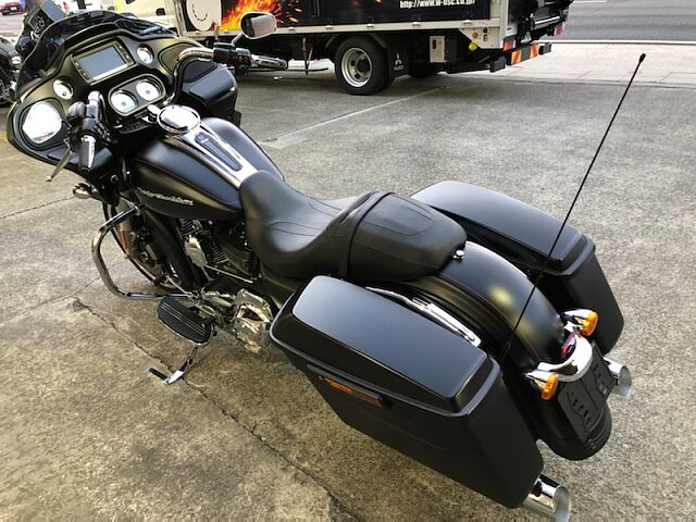 FLTRXSE CVO ROADGLIDE CUSTOM 目玉車両!お買得!