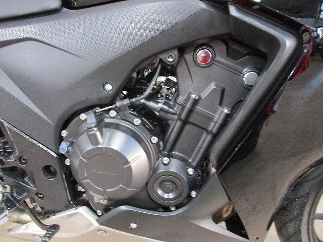 CBR400R CBR400R ノーマル DC電源付き 3/1オープン!ライコランド小牧インター店内…