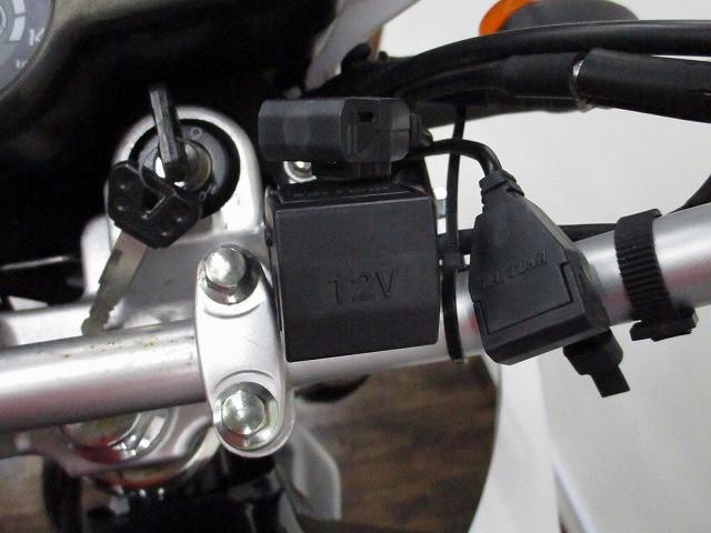 XTZ125 XTZ125 並行輸入 USB電源シガーソケット付き 3/1オープン!ライコランド小牧…