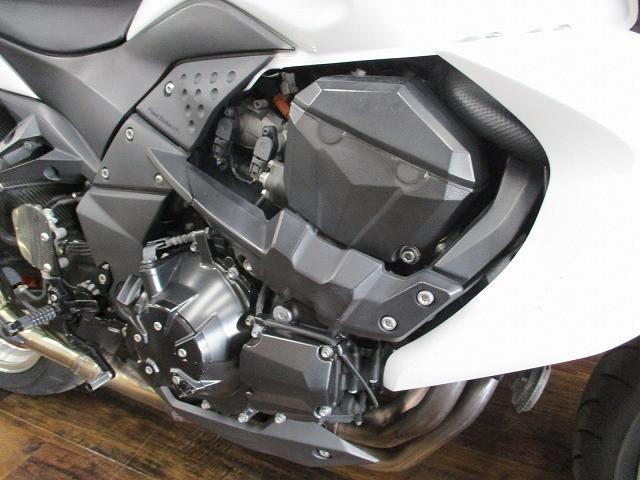 Z1000 (水冷) Z1000 マレーシア仕様 バックステップ装備 3/1オープン!ライコランド小…