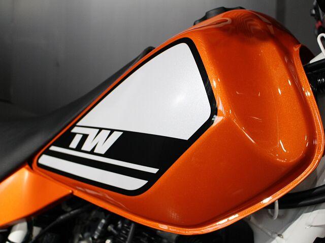 TW225E 1000台限定車☆