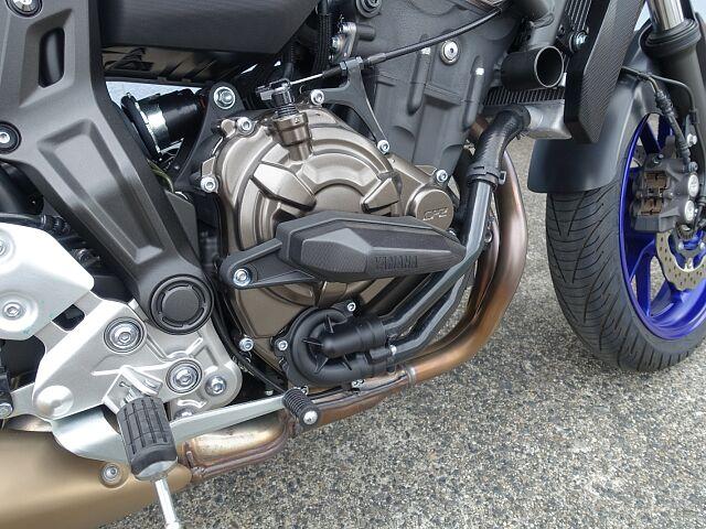 MT-07 中古車購入で「安心して良いもの」をお考えの方は是非!!☆ ワイズギア製サイドスライダー装…