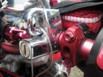 PMC 汎用ヘルメットホルダー