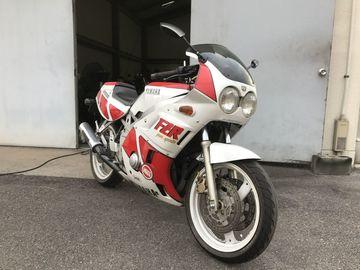 goさん:「FZR400('86)」とオーナーレビュー