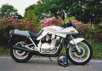 Tamezou-sanさん:「GSX1100S」とオーナーレビュー