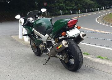 バイク人さん:「VTR1000F」とオーナーレビュー