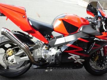 nagashuncbr954rrさん:「俺の彼女バイク(笑)」とオーナーレビュー