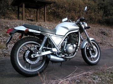 GN50Eが最初のバイクさん:「初期型」とオーナーレビュー