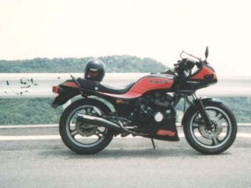 Kojiさん:「GPz400」とオーナーレビュー