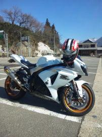 バイク小僧さん:「GSX-R1000」とオーナーレビュー
