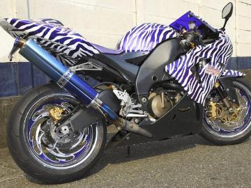 川崎 優さん:「ZX-10R zebra」とオーナーレビュー