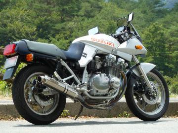 カタナっ子さん:「GSX1100SM 1990 70th Anniversary」とオーナーレビュー