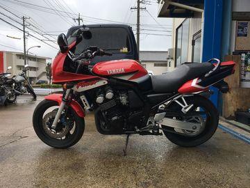 バイク好きオヤジさん:「FZ400だから(嘘)」とオーナーレビュー
