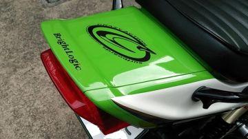 CA1173  さん:「★ ZRX1200R ★ ピョン吉」とオーナーレビュー