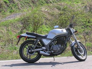 Henriさん:「SRX600(1JK)」とオーナーレビュー