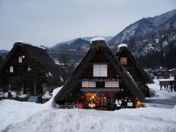 雪の白川郷ライトアップ・・・バイクじゃないよ(*^o^*)(1) | Webikeツーリング