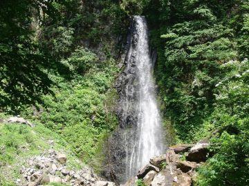 鳥取県、日本の滝100選「雨滝」 | Webikeツーリング