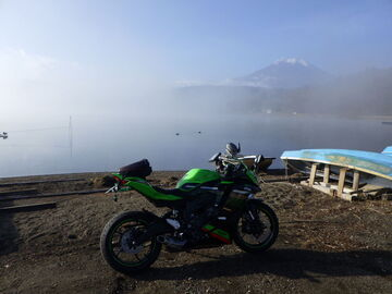 ZX-25R,リアスプロケットの確認で、山中湖 | Webikeツーリング