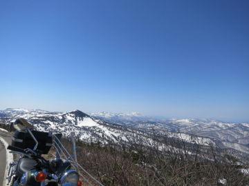雪の回廊と温泉(八幡平) | Webikeツーリング