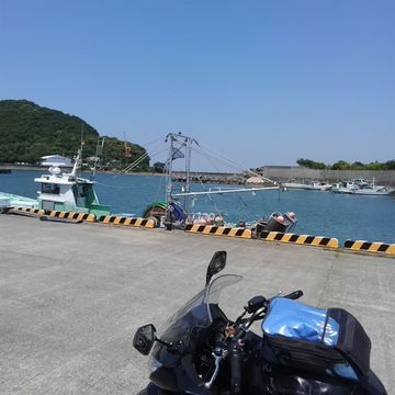 青い海としらす丼と新緑の紀伊山地 | Webikeツーリング